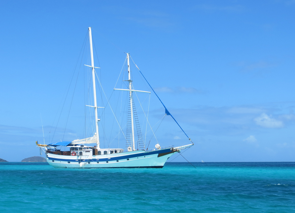 Blue White Ketch