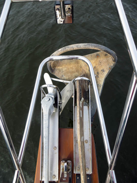 88 lb. Rocna (right) and 45 lb. CQR anchor (left) in twin stainless steel bow rollers