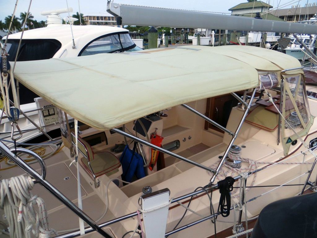 canvas bimini, connecting panel and dodger